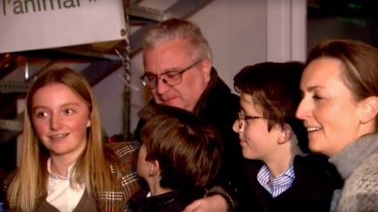 """Prins Laurent bezoekt winteropvang voor daklozen: """"Ik ben gelukkig als de anderen gelukkig zijn"""""""