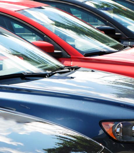 Man vast voor exporteren tientallen gestolen auto's