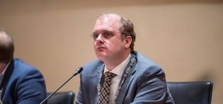 Burgemeester Winterswijk wil opheldering over dubieuze handel in Joodse panden in Tweede Wereldoorlog
