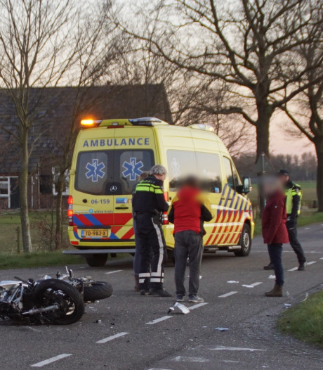 Motorrijder ernstig gewond bij ongeval met auto in Beltrum