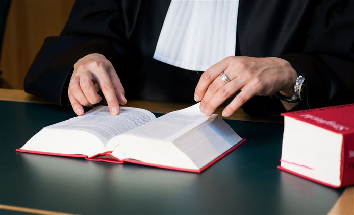 Advocaten in Den Bosch gaan een half uur staken.