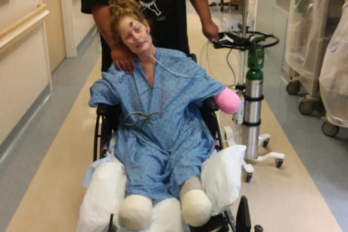 Tiffany kreeg begin dit jaar een verkoudheid. Omdat haar immuunsysteem sterk verzwakt was, verergerde die plots, waardoor ze in coma belandde.