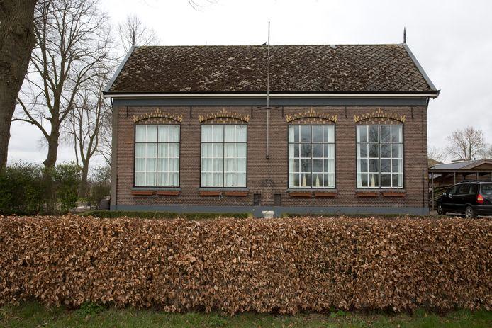 Het oude schoolgebouw aan de Kadijk in Terwolde was voorheen in gebruik bij de Noorse Broeders.