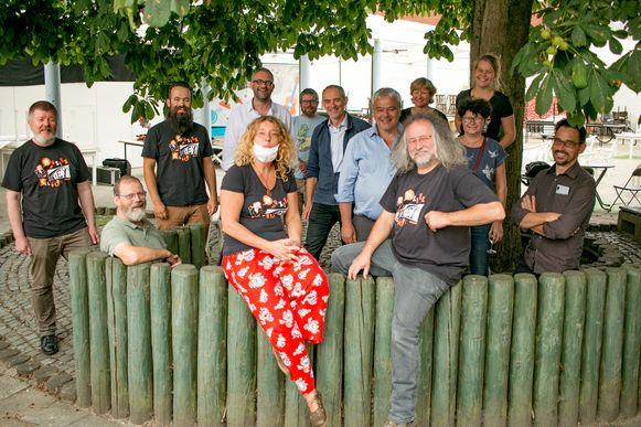 De ploeg van muziekclub 't Ey in Belsele: klaar voor negen concerten deze zomer.