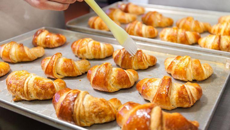 tekort aan boter dreigt frans gebak en croissants flink duurder te