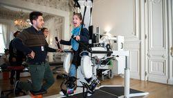 Robots en games helpen Clara, Mira en Said revalideren