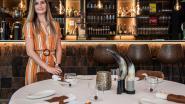 """Esrä (27) doet als enige vrouw worp naar titel beste Maître D'Hotel van België: """"Ervaring die ik nu al heb opgedaan, is super. Natuurlijk wil ik ook gewoon winnen"""""""