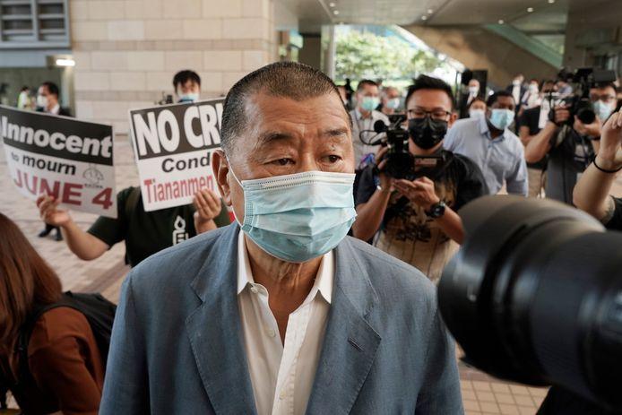 Jimmy Lai arriveert bij de rechtbank. Archiefbeeld.