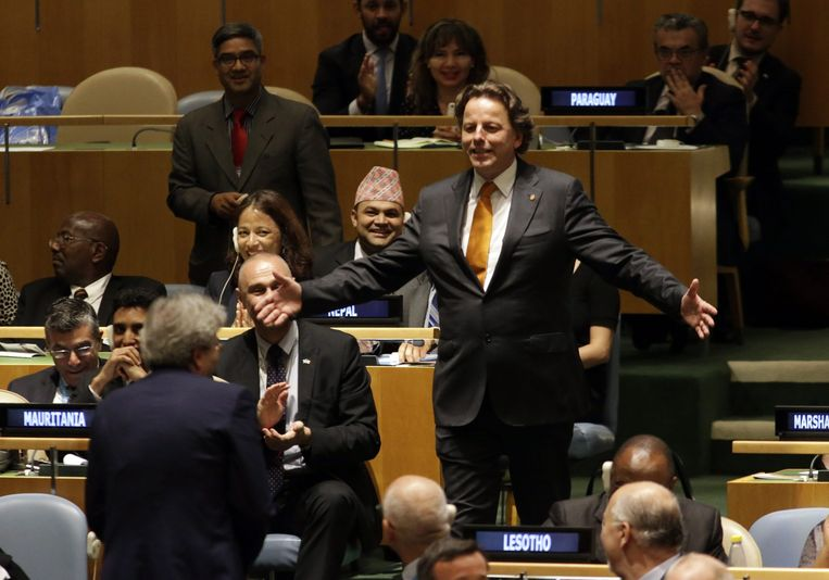 Bert Koenders na de resultaten van de vijfde stemronde in de VN-Veiligheidsraad. Beeld EPA