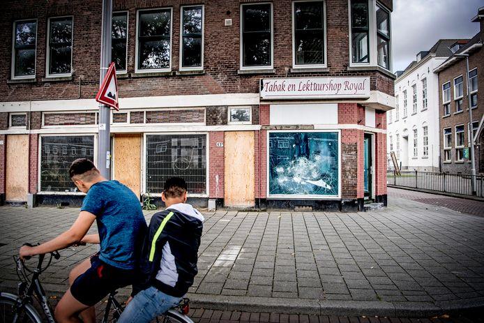 In Rotterdam kan met name de inrichting van de stad beter. Die zorgt volgens de onderzoekers nu nog te vaak voor gevoelens van onveiligheid. Ook heeft de Maasstad te weinig plekken om te recreëren, sporten en ontmoeten.
