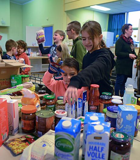 JL de Jongeschool deelt overschot met voedselbank in Zierikzee
