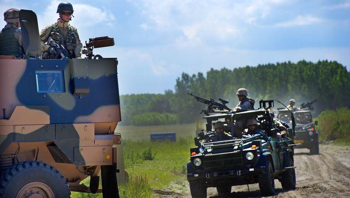 Militairen trainden begin deze maand nog voor de missie naar Kunduz, in het oefendorp van Defensie in Zoutkamp, Groningen. © ANP