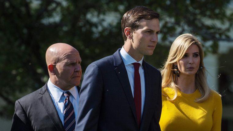 Jared Kushner met zijn vrouw Ivanka. Beeld AFP