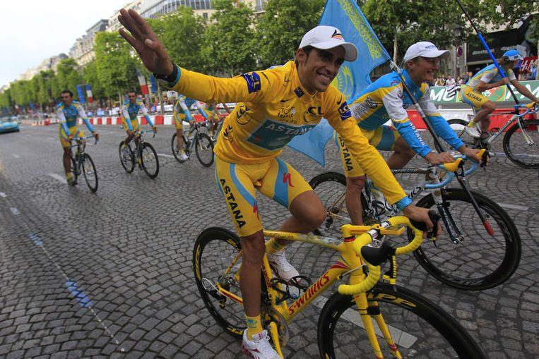 Alberto Contador na de laatste etappe van de Tour de France (AFP) Beeld AFP