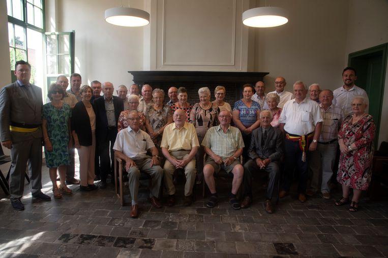 80 jarigen vieren feest in Laarne.