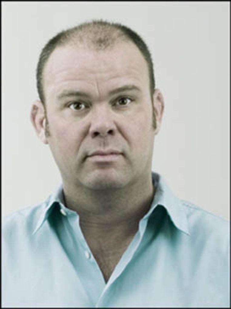Paul De Leeuw.