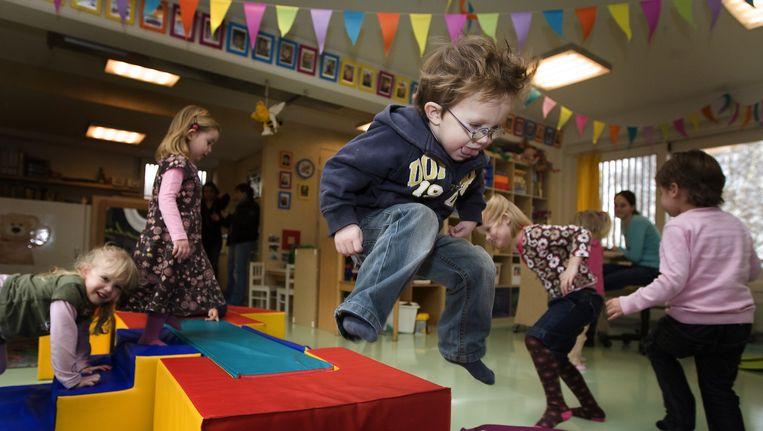 Spelende kinderen op het kinderdagverblijf De Blokkendoos in Uithoorn. Beeld ANP