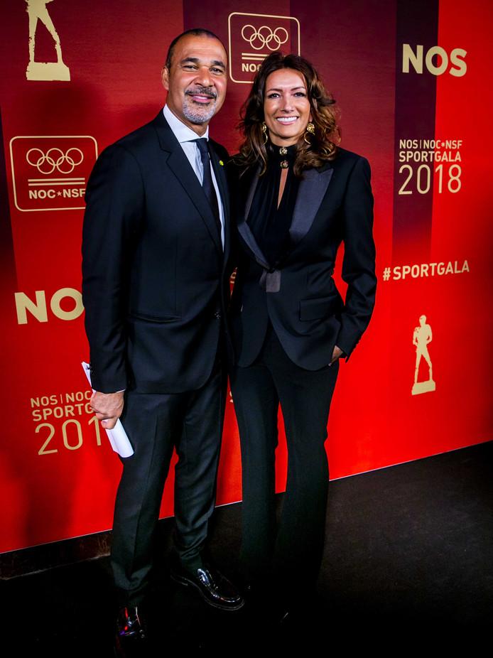 Ruud Gullit is met partner ook van de partij tijdens het NOC*NSF Sportgala 2018.