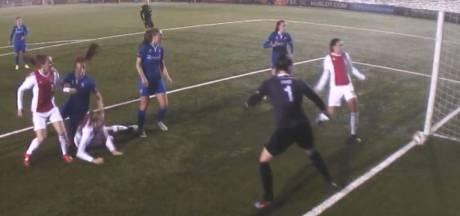 Vrouwen FC Twente morsen dure punten bij effectief Ajax