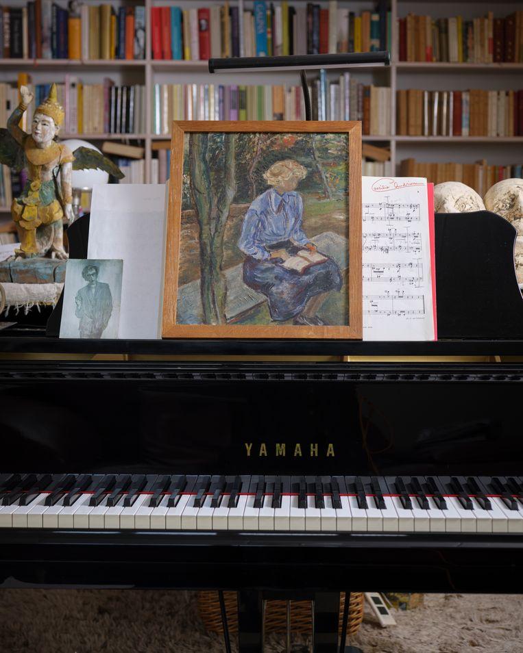 Dit schilderij heeft Verroen cadeau gekregen van vriendin Caecilia Andriessen.  Beeld Erik Smits