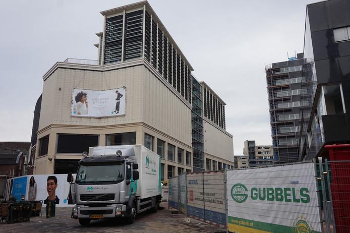 De bouw aan de Primark in Tilburg.
