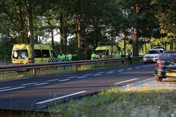 een 28-jarige motorrijder is dinsdagavond om het leven gekomen bij ongeluk op de Rijksweg N324 bij Reek.
