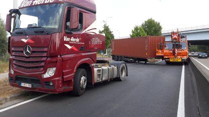 Chaos in Drongen na bizar ongeval met vrachtwagen