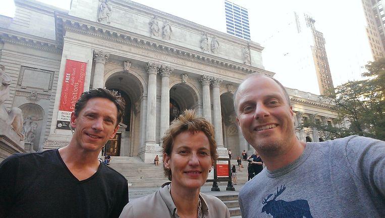 Selfie met Francine Houben. Op de achtergrond de NYPL. Beeld