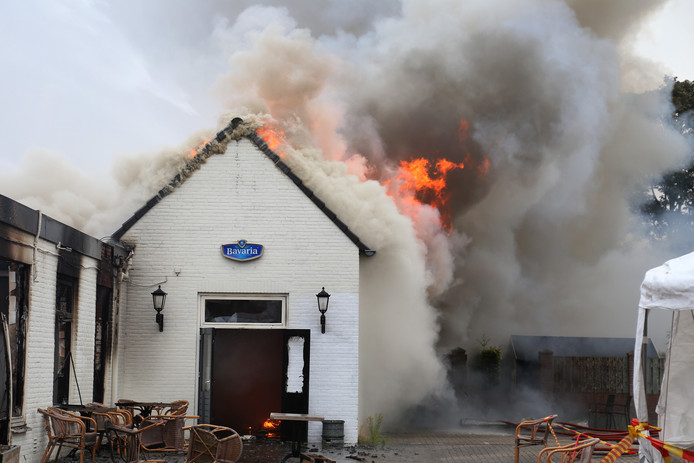 De brand in Overlangel.