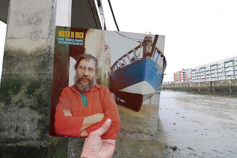 Walter De Buck trok voor de hoes van 'De Nieuwe Zondvloed' uit 1984 naar Zeebrugge.