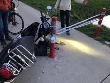 Kinderen spanden ducttape waardoor Marijn (20) op scooter onderuit ging