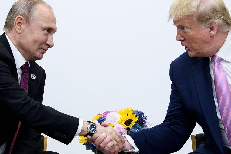 Poetin en Trump tijdens de G20-top in Osaka in juni van dit jaar.