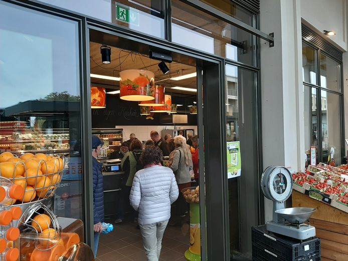 Opening winkelcentrum Anklaar in Apeldoorn.
