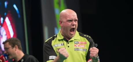 Van Gerwen behoudt 100 procent score in Premier League