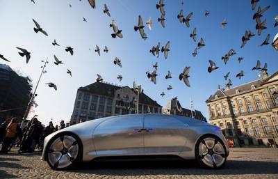 zitten-we-wel-te-wachten-op-zelfrijdende-autos?
