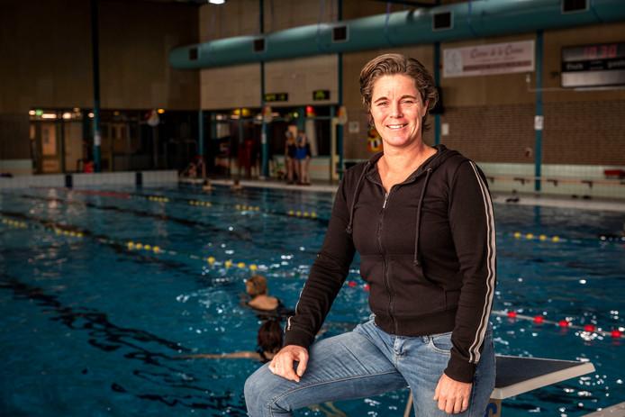 Minette Lommers kan niet wachten tot het zwembad opnieuw geopend wordt.