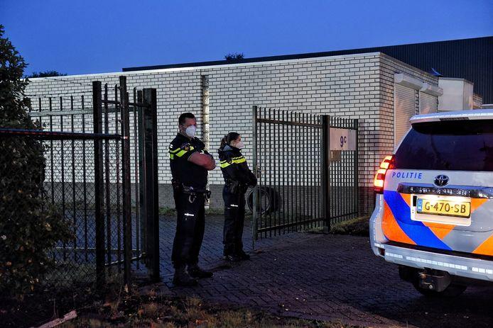 Een van de invallen dinsdagochtend was in de Ledeboerstraat in Tilburg.