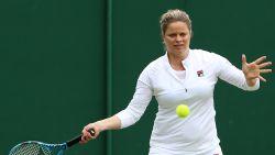Clijsters loopt tijdens padel knieblessure op en mist Australian Open