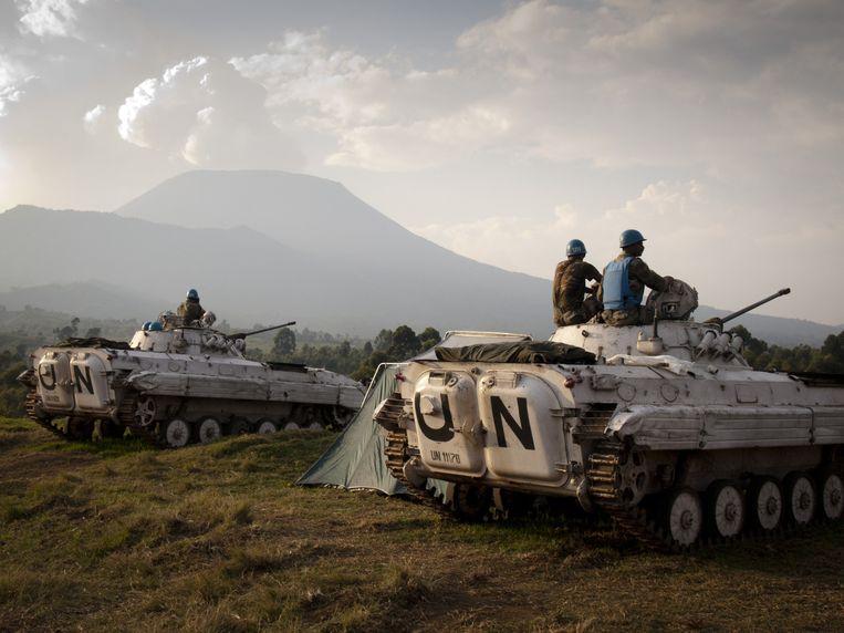 Een VN-konvooi in Kibati, Congo. Beeld AFP/MICHELE SIBILONI