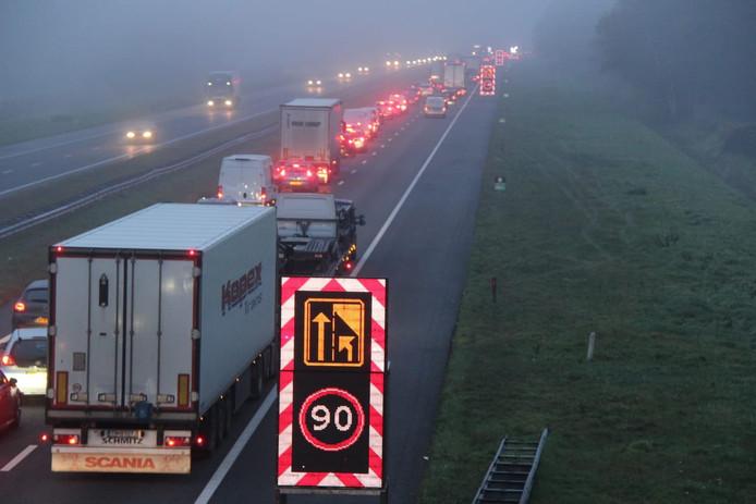 Een lange file op de A1 bij Rijssen deze ochtend. Even later ontstond in de andere rijrichting ook een file.