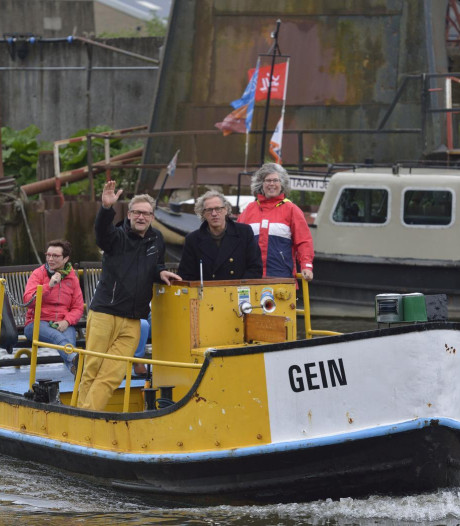GOUDasfalt zet pontje in tijdens afsluiting Haastrechtsebrug