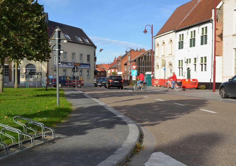 Tussen de Ernest Claesstraat en de Kranenburgstraat is een enkele richting ingevoerd.