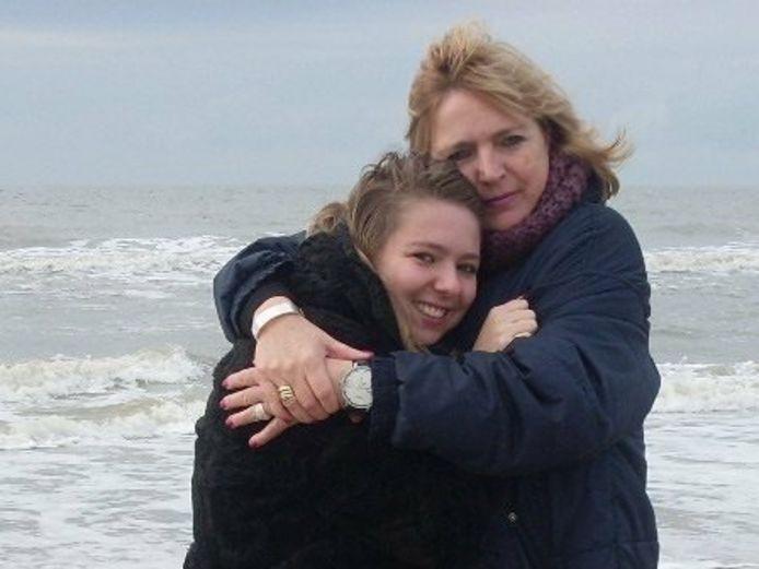 Lisanne en haar moeder gingen graag naar de zee en naar Pinkpop.