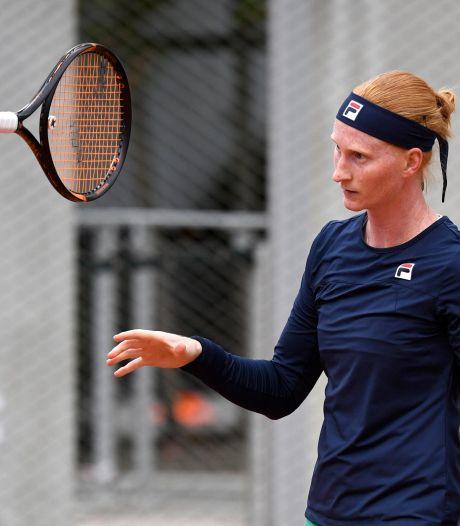 Alison Van Uytvanck, diminuée, abandonne au deuxième tour de Roland-Garros