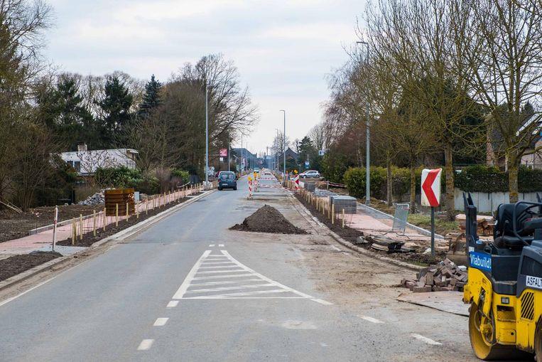 De Werchtersesteenweg (N21) in Haacht is bijna klaar. Rond 6 april zou hij, na 20 maanden, kunnen openen.