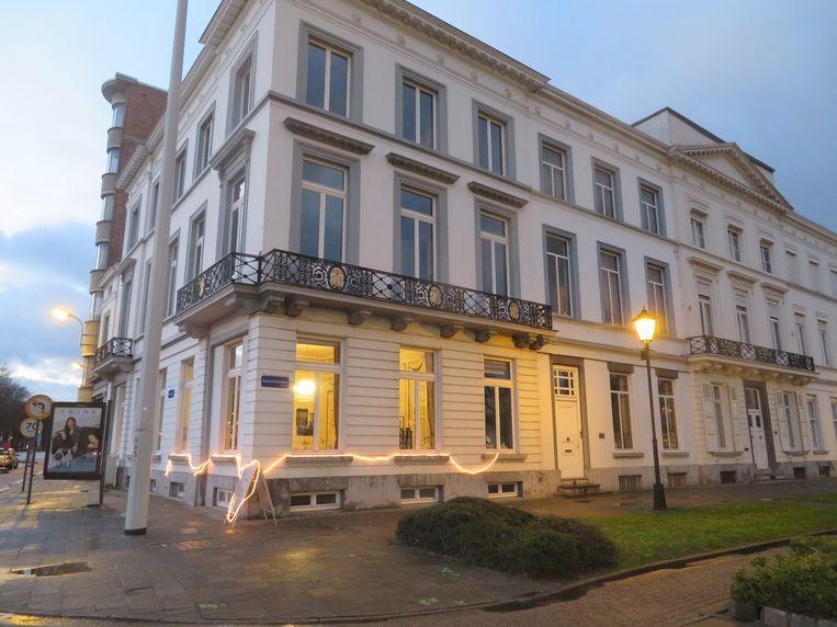 Het oude herenhuis van de hoek van het kardinaal Mercierplein en de Schuttersvest is tijdens het weekend van 7, 8 en 9 december uitzonderlijk geopend voor het publiek