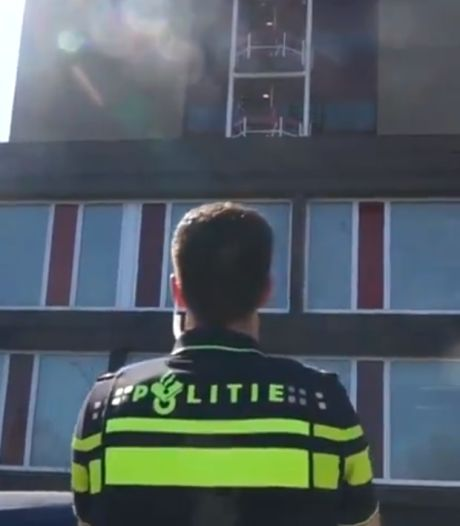 Luchtig nieuws in coronatijd: straatbingo in Ootmarsum en klappen voor zorghelden in Almelo