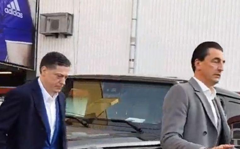 Veljkovic verlaat het stadion.