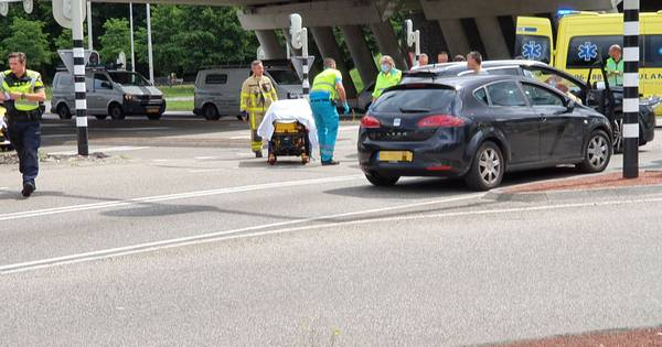 Gewonde bij aanrijding met drie autos in Harderwijk.