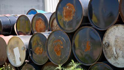 Olieprijs kent slechtste maand in tien jaar
